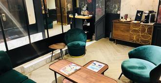 Hôtel Edmond W - Lyon - Living room
