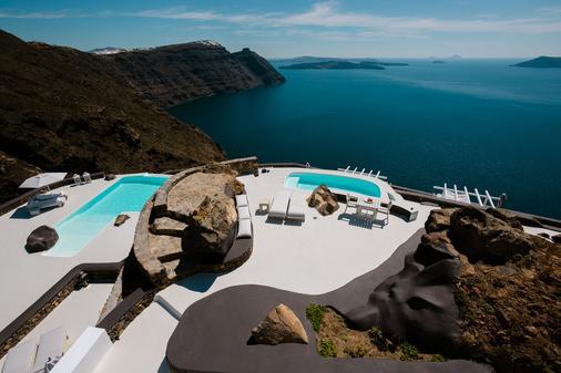 Aenaon Villas - Imerovigli - Outdoor view