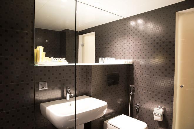 Nova Hotel Yerevan - Yerevan - Bathroom