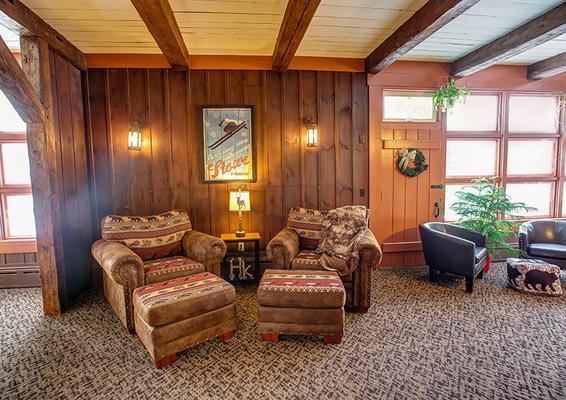 Hob Knob Inn, Bar & Lounge - Stowe - Lounge