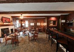 Hob Knob Inn, Bar & Lounge - Stowe - Restaurant