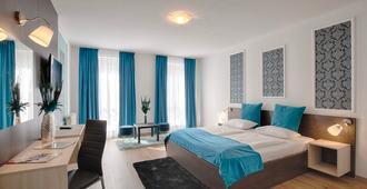 Triple M Hotel - Budapest - Bedroom