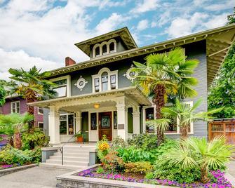 Gaslight Inn - Seattle - Building