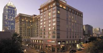 Courtyard by Marriott Austin Downtown/Convention Center - Austin - Building