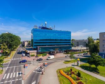Hotel Beskid - Nowy Sącz - Gebouw