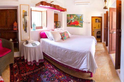 XVA Art Hotel - Dubai - Phòng ngủ