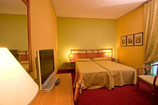 Hotel Laurentia - Ρώμη - Κρεβατοκάμαρα