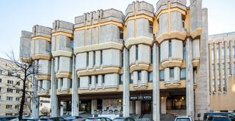 Russ Hotel - Pietari - Rakennus