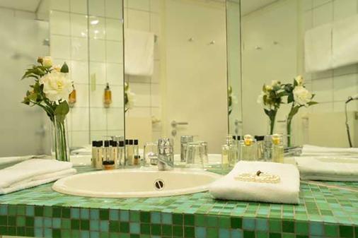 Hotel Domicil Berlin By Golden Tulip - Berlin - Bathroom