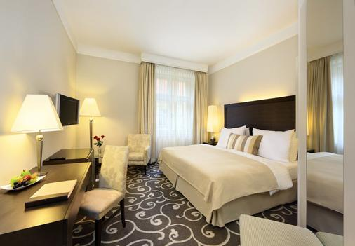 Grand Hotel Bohemia - Prag - Yatak Odası