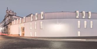 Moov Hotel Évora - Evora - Edificio