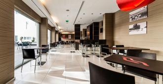 Moov Hotel Évora - Evora - Restaurante