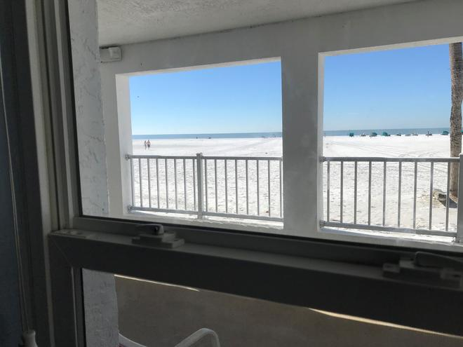 海灘旋轉木馬酒店 - 梅爾堡海灘 - 邁爾斯堡海灘 - 陽台