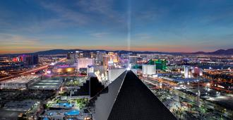 Luxor Hotel and Casino - Las Vegas - Gebouw