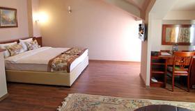 Hotel Vlaho - Skopje - Makuuhuone
