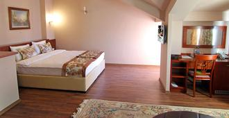 Hotel Vlaho - Skopie - Schlafzimmer