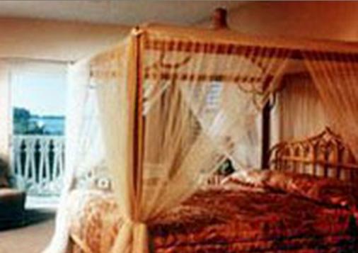 Banana Bay Resort - Key West - Bedroom