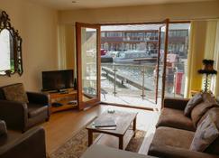 Tewitfield Marina - Carnforth - Living room