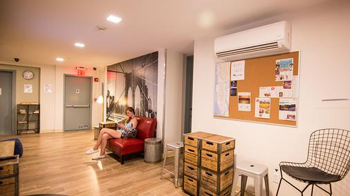 Jazz on Columbus Circle Hostel - New York - Lobby