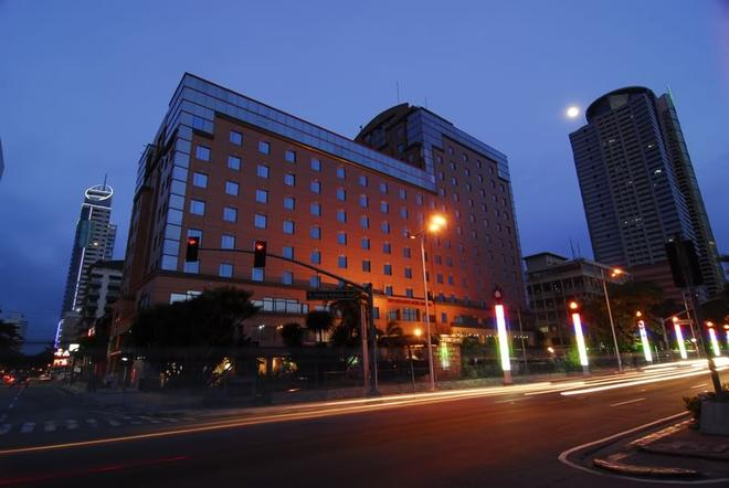 馬尼拉灣景園酒店 - 馬尼拉 - 馬尼拉 - 建築