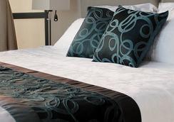 Golden Phoenix Hotel - Manila - Pasay - Bedroom