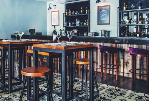 馬尼拉艾米莉酒店 - 馬尼拉 - 馬尼拉 - 酒吧