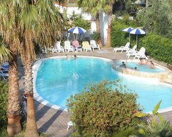 Hotel Magnolia - Vieste - Pool