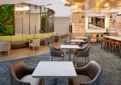 DoubleTree by Hilton Chicago - Magnificent Mile - Σικάγο - Εστιατόριο