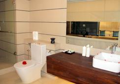 可倫坡洛克威爾酒店 - 可倫坡 - 可倫坡 - 浴室