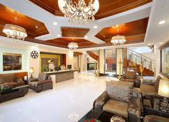 Hotel Port Palace Kovalam - Kovalam - Lobby