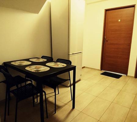 Hostel Kulczynskiego - Warsaw - Dining room