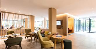 Flora Hotel & Suites - Merano - Hành lang