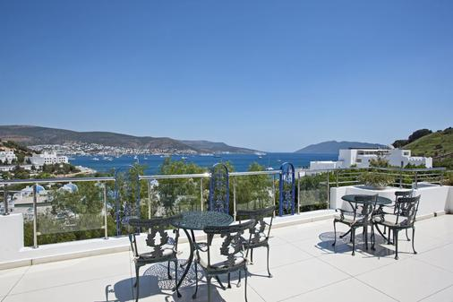 Salmakis Resort & Spa - Bodrum - Parveke