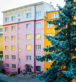 Hotel Inturprag - Praha (Prague) - Toà nhà