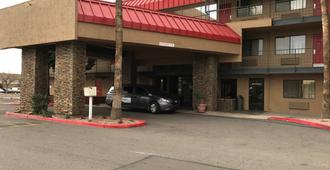 Travelers Inn - Phoenix - Edificio
