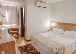 Hotel Maximus Business - Ji-Paraná - Schlafzimmer