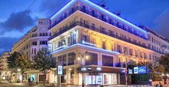 Best Western Hôtel New York Nice - Nizza - Näkymät ulkona