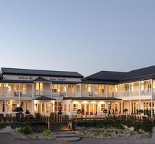 陶波湖希爾頓酒店 - 道波