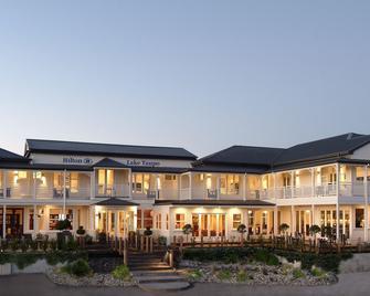 Hilton Lake Taupo - Taupo - Building