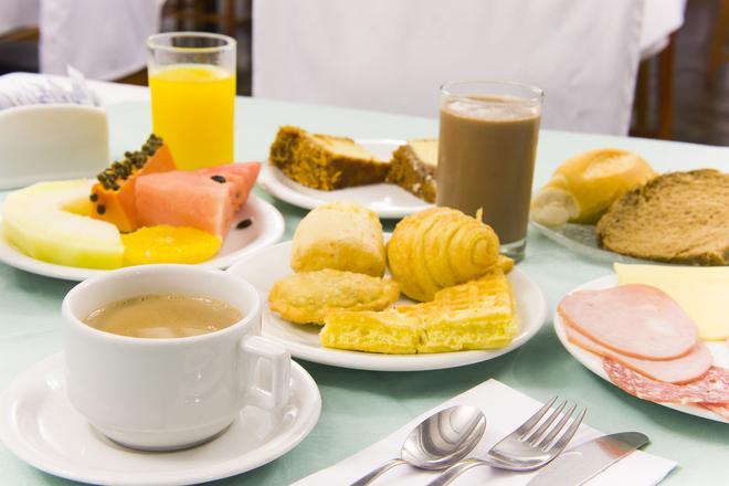 Bella Italia Hotel & Eventos - Foz do Iguaçu - Food