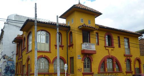 B&b Cq Lourdes - Hostel - Bogotá - Building