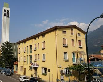 Hotel San Marco BB - Darfo Boario Terme - Building