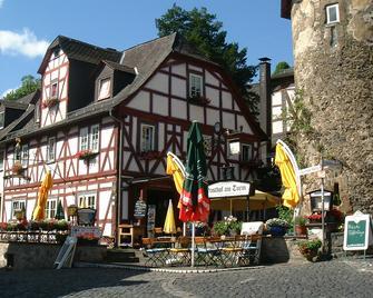 Gasthof Am Turm - Braunfels - Будівля