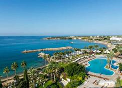 Coral Beach Hotel and Resort - Paphos - Outdoor view