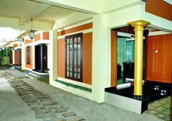 Dahlia Beach Resort - Varkala - Front desk