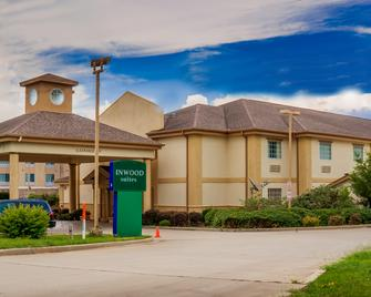 Inwood Suites - Carthage - Building