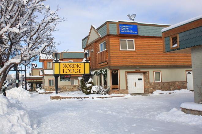 北歐汽船旅館 - 斯廷博特斯普林斯 - 斯廷博特斯普林斯 - 建築