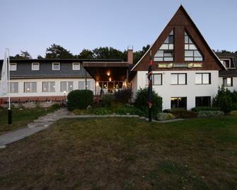 Land-gut-Hotel Barbarossa - Kelbra - Edificio