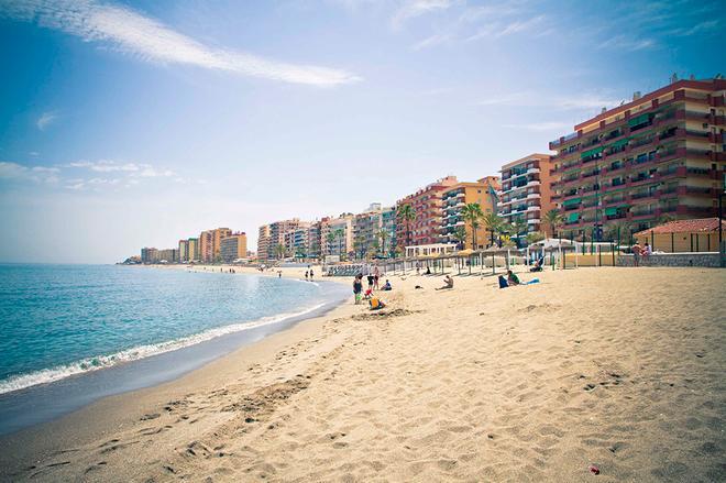 Hotel El Puerto By Pierre & Vacances - Fuengirola - Beach