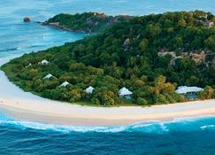 Cousine Island Seychelles - Grand'Anse Praslin - Building